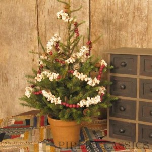 Country Christmas Tree Garland