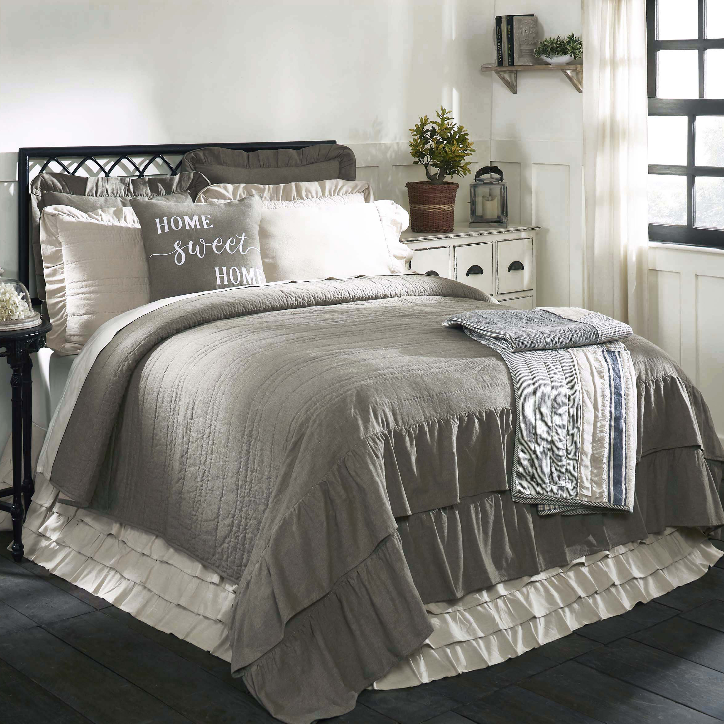 home quilt two tone quilted products bedspread linen img hallstrom