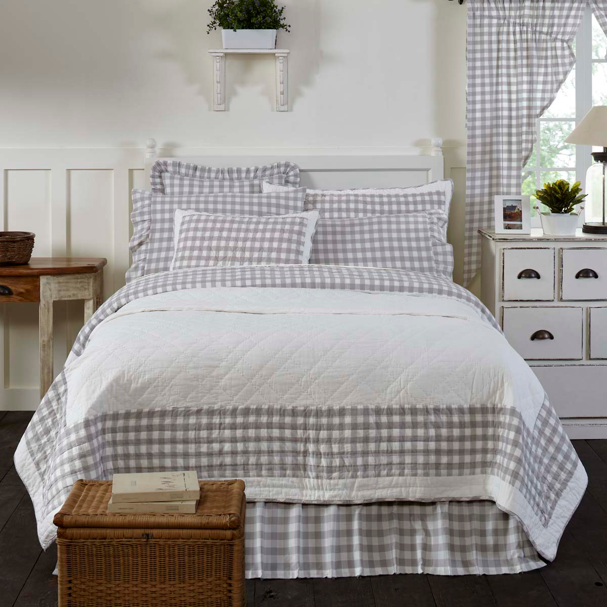 comforter checkered s buffalo and zozzy pure hash decor pictures of black bedroom appearance white improve home to your check
