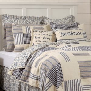 Country Style Bedspreads Quilts And Bed Skirts Farmhouse Bedding